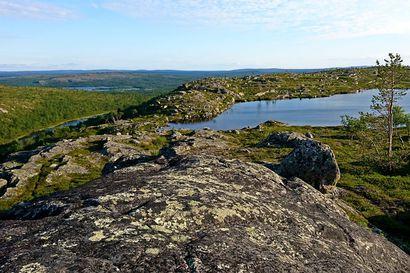 Ennennäkemätön ultrapitkä vaelluskilpailu Vätsärin ja Kaldoaivin erämaassa elokuun alussa - radan pituus lyhintä reittiä 500 kilometriä