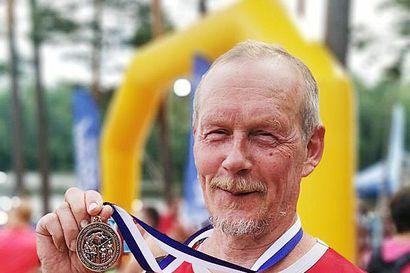 Roosa Juntuselle  triathlonin SM-kultaa, Kuisma Suopelalle pronssia