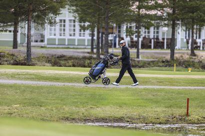 Korona-ajan ilmiö: Siikajoen golfkentän viereiset omakotitontit tekevät kauppansa
