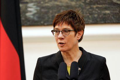 Saksan johtavat puolueet eripuraisina koalitioneuvotteluihin