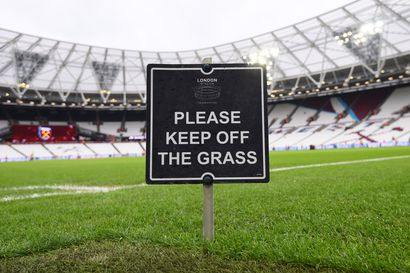 Valioliigassa kahtiajakoa puolueettomista pelipaikoista – Watford viimeisin vastustaja