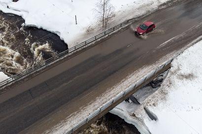 """Ennätystulvat uhkaavat Koillismaata - Evon Mankinen ei ole huolissaan: Meillä pohjavedet riittävät ja Kuusamossa on hajautettu pohjavedenotto, niin ongelmia ei tule"""""""