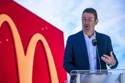 20 miljoonaa euroa tienannut hampurilaispomo sai potkut seurustelusuhteen takia, vaikka onnistui tuplaamaan McDonaldsin markkina-arvon