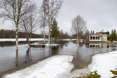 Tulvahuippu uhkaa Siikajoella ja Pattijoella – Lähipäivien sateet ratkaisevia