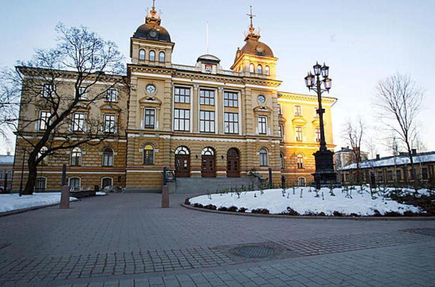 Suomen suurimpien kaupunkien kaupunginjohtajat Oulu mukaanluettuna ovat allekirjoittaneet kannanoton.