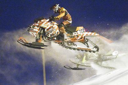 LaMK:n Joonas Keskiaho kaasutteli osakilpailuvoitot SM-snowcrossissa