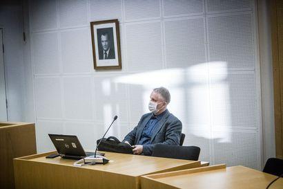 Oulun yliopisto kommentoi niukasti professorinsa graffiteista saamaa tuomiota