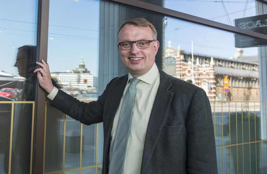 Energiateollisuuden toimitusjohtajan Jukka Leskelän mukaan verkkojen avaaminen kilpailulle ei juuri hyödytä.