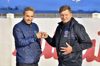 Ravit ja jalkapallo lyövät kättä – AC Oululla on jatkossa oma kummivarsa
