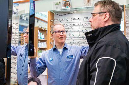Fenno Optiikan silmäskanneri mittaa ja tallentaa silmän sormenjäljen