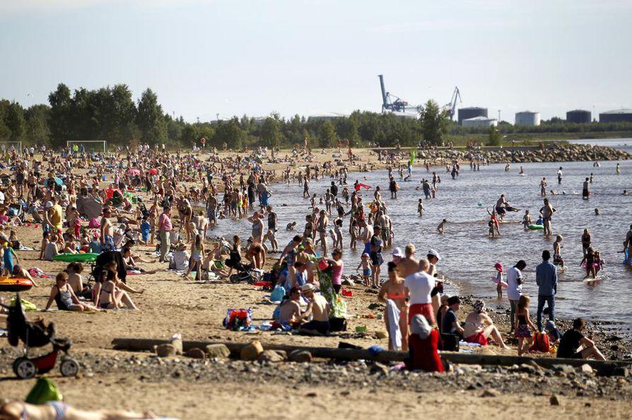 Nallikarista löytyy Pohjolan Rivieraksikin kutsuttu merenranta.