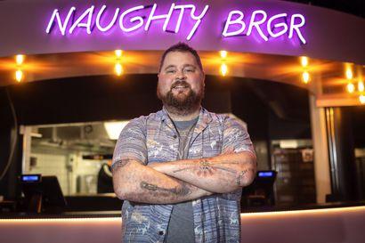 """Naughty BRGR avaa liikkeen Pekuriin juhannuksen jälkeen – """"Yhteistyö muun muassa paikallisten pienpanimoiden kanssa kiinnostaa"""", kertoo burgerimies Akseli Herlevi"""