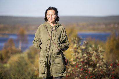 Elina Talvensaari muutti uuteen asuntoon ja löysi edesmenneen asukkaan elämästä dokumenttielokuvan ytimen