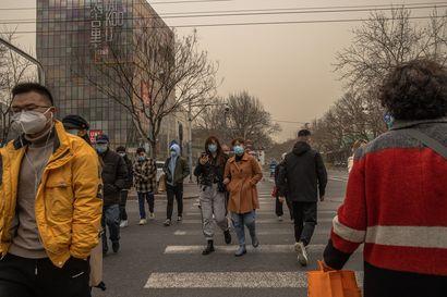 """Raju hiekkamyrsky kietoi Pekingin keltaiseen vaippaan: """"Vaikuttaa, että maailmanloppu olisi tulossa"""""""
