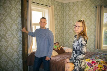 Historiallista Siiran taloa Ängeslevällä on remontoitu rakkaudella – Hannu ja Tuuli haluaisivat tietää lisää valtiopäivämies Pekka Siiran kodin historiasta