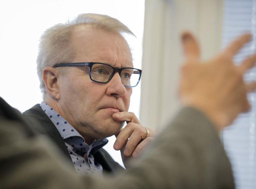 Kalevalle antamassaan haastattelussa toimitusjohtaja Hannu Lehto sanoo, että yhtiö ei kyennyt pysymään antamissaan ennusteissa. Lisävaikeuksia toivat johdon isot osakemyynnit, jotka rapauttivat markkinoiden luottamusta pahasti.