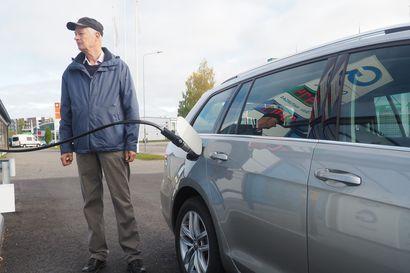 Mikä on paras käyttövoima uudelle autolle? Vertailimme kaasun, sähkön, bensan, dieselin ja etanolin hyvät ja huonot puolet