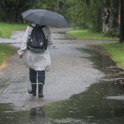 Myrsky saapuu Suomeen maanantai-iltana – Runsaimmat sateet Lapissa, kovimmat tuulet Pohjanlahden rannikolla