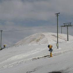 Levi säilönyt lunta ennätysmäärän.