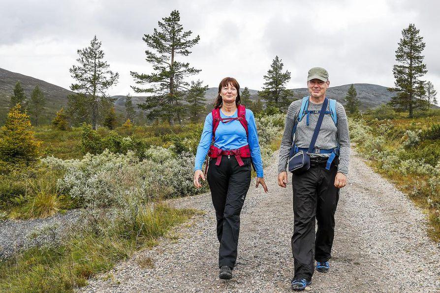 Vantaalaiset Jorma ja Anne Sirén ovat ensimmäistä kertaa Tunturi-Lapissa.