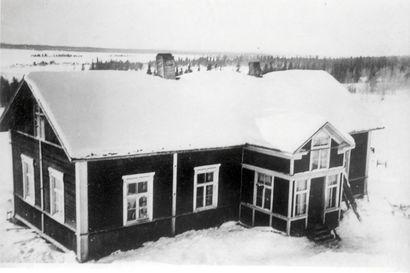 Hyväniemeltä koko kunnan sivistäjäksi – Posion kirjastolaitos syntyi vuonna 1930. Keskustan lisäksi toiminta laajeni 22 kyläkoululle, joiden lakkauttamisten jälkeen toiminta keskitettiin Posion virastotalossa toimivaan kirjastoon