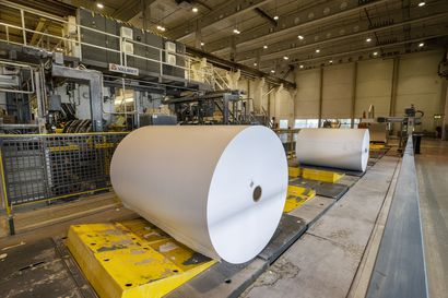 Terveysjohtaja: Oulun Stora Ensolla ilmennyt hallinnassa oleva tartuntaryväs, yhtiön mukaan tartunnat ja altistumiset keskittyvät ulkopuolisiin työntekijöihin kartonkitehdasprojektissa