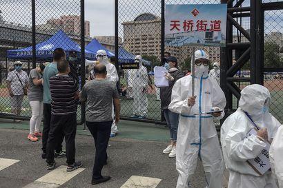 Koronavirustartuntojen määrä kasvaa taas Kiinassa  Peking on sulkenut joitain alueita ja kieltänyt hääjuhlia