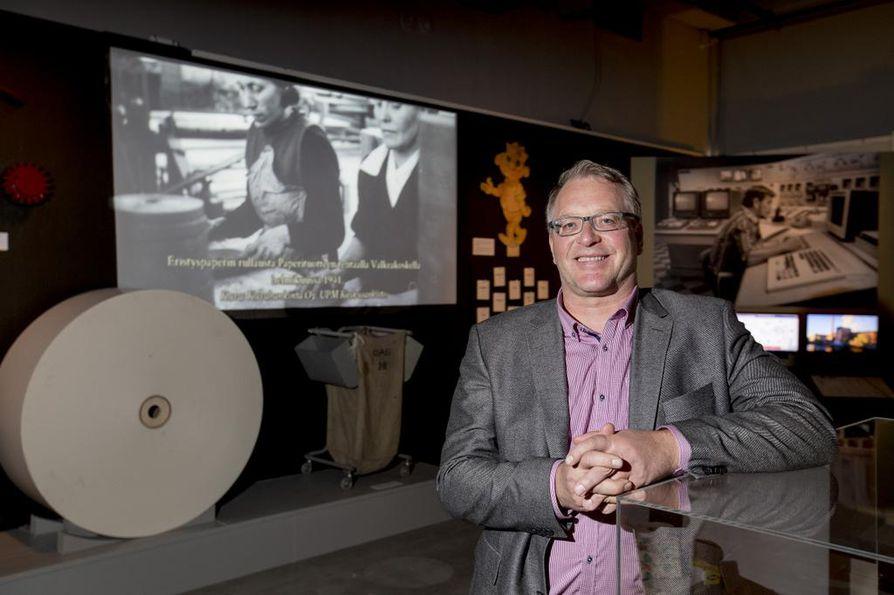 Paperiliiton puheenjohtaja Petri Vanhala kävi viime syksynä tutustumassa Tampereella Työväenmuseo Werstaalla paperimiehistä kertovaan näyttelyyn.