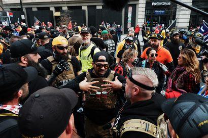 Washingtonin poliisi pidätti äärioikeistolaisen Proud Boysin johtajan Enrique Tarrion