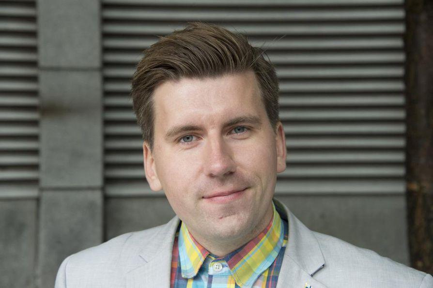 """Sebastian Tynkkynen ei hyväksynyt puhetta """"ihmisroskasta""""."""