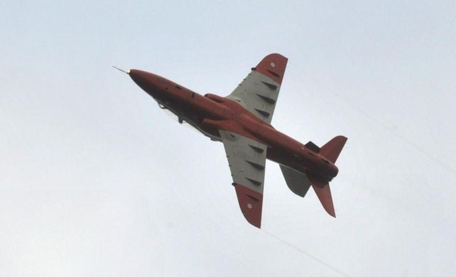 Lentokoneet olivat Kauhavan lentosotakoulun koneita.