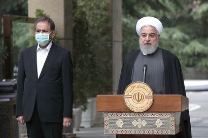 Iranin koronavirustilanne pahenee – viranomaiset vetoavat kansalaisiin, mutta ihmiset liikkuvat toreilla ja pyrkivät suljettuihin moskeijoihin