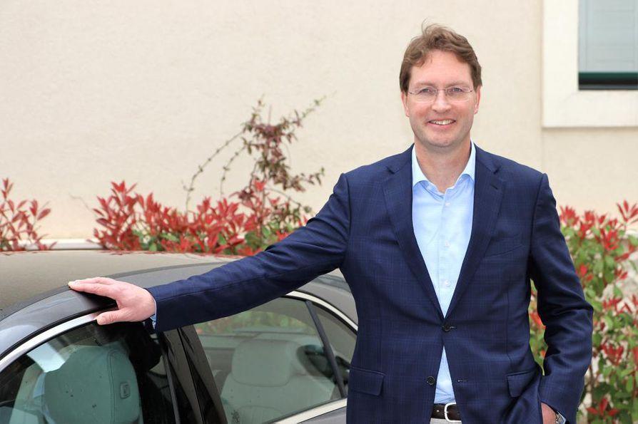 Ruotsin Västervikistä kotoisin oleva Ola Källenius, 48, on vahva ehdokas Daimlerin pääjohtajaksi Dieter Zetschen jälkeen.