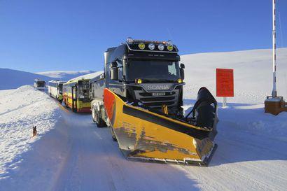 Norjan pohjoisin maakunta eristyi muusta maailmasta – lumivyöryt ja myrskyt aina talvella uhkana