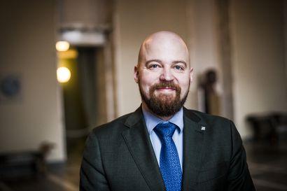 Eduskunnasta: Pohjoisen ensihoitokopteritoimintaa ei saa vaarantaa – ministeriön peli poikki nyt