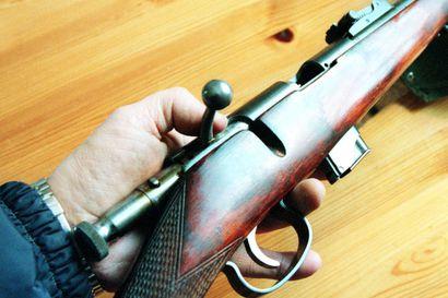 Poromiehen aseesta oli hiottu sarjanumero pois, menetti aseluvat – poliisilaitoksen päätös sai sinettinsä KHO:ssa
