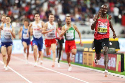 Kenian Cheruiyot juoksi ylivoimaisella esityksellä 1 500 metrin MM-kultaan