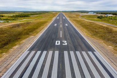 Enontekiön lentoaseman toiminta jatkuu – Kunnanvaltuusto äänesti päätöksestä