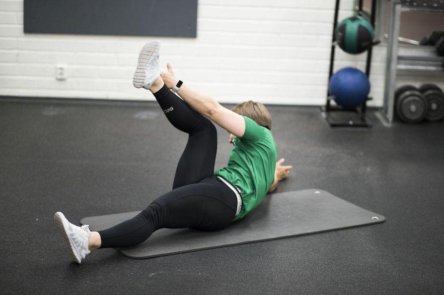 Lihaskuntoa on suosituksen mukaan hyvä kohentaa kahdesti viikossa.