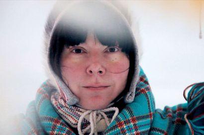 Ánnámáret juhlii saamelaisten kansallispäivää levynjulkaisukeikalla netissä – tutkimusmatka joikujuurille jatkuu Norjassa kunhan raja taas aukeaa