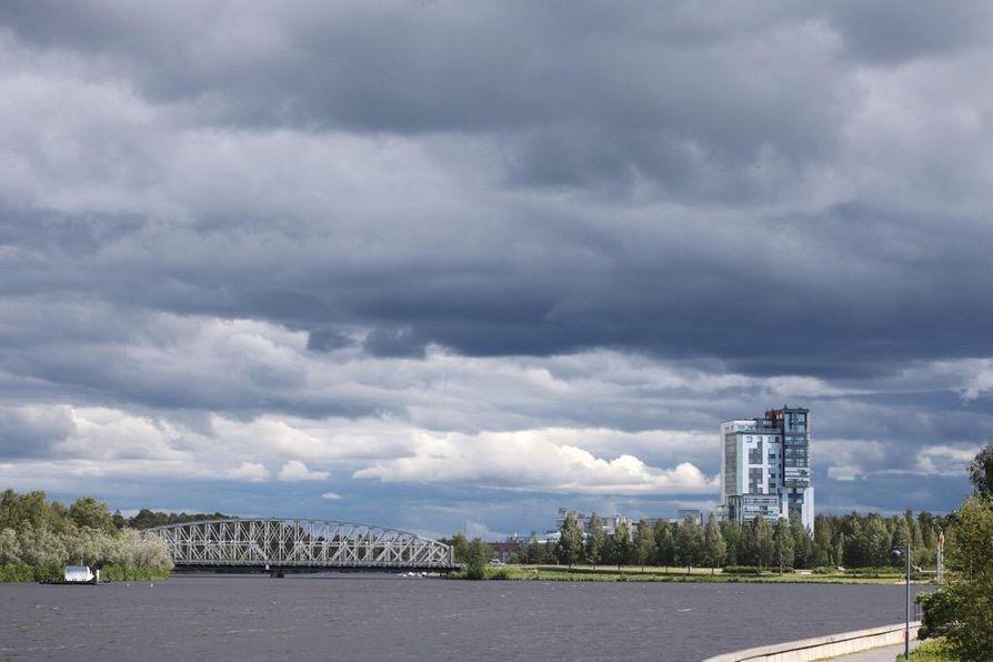 Oulun seudulla sää saattaa olla pilvinen pitkin viikkoa.
