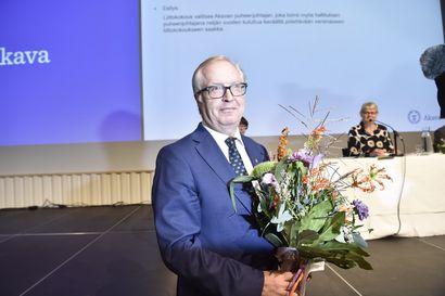 Sture Fjäder jatkaa korkeakoulutettujen Akavan johdossa – ei niele työllisyyspakettia sellaisenaan