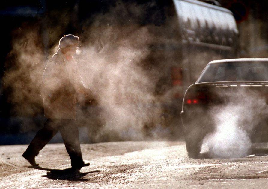Alkuvuoden tilaston mukaan vain 25 prosenttia uuden henkilöautoauton ostajista valitsee Suomessa dieselin. Kymmenen vuotta sitten heidän osuutensa oli 50 prosenttia.