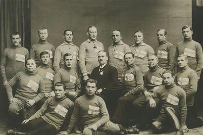 Ensimmäisestä suomalaisesta maailmanmestaruudesta on kulunut 120 vuotta – pikaluistelija Franz Wathén selätti nurjat, hurjat ja kurjat