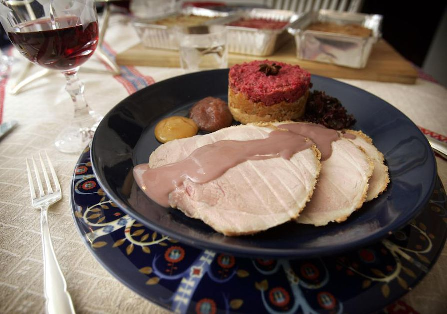 Jouluruoat luonnonmukaisesti tuotetuista elintarvikkeista maksavat reilusti yli tuplaten tavallisiin verrattuna.