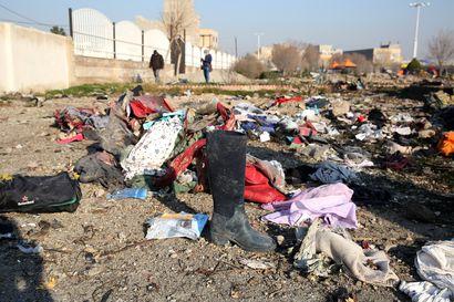 Yhdysvallat: Iran pudotti ohjuksillaan 176 ihmisen hengen vieneen ukrainalaiskoneen vahingossa alas
