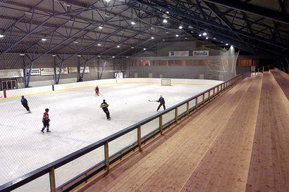 Muhoksen jäähallin remonttiin myönnettiin miljoona euroa lisärahaa