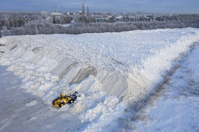 Lumikuorma joka toinen minuutti – Oritkariin on kuskattu viikossa lähes yhtä paljon lunta kuin koko viime talvena yhteensä