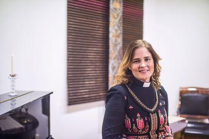 """Piispaksi valittu Mari Leppänen löysi sovinnon omassa elämässään ja etsii nyt tietä rauhaan ihmisten kesken – """"Valintani oli monille hyvin symbolinen"""""""