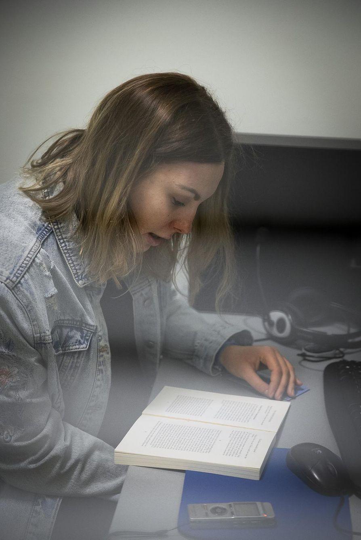 Näyte 3: Puolalainen 23-vuotias vaihto-opiskelija Zuzanna.